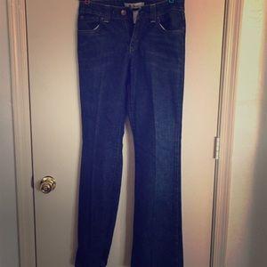 GAP Curvy low rise 6 long jeans